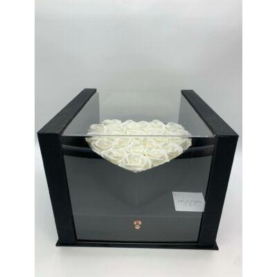 Akril Szíves fekete doboz szappanrózsával